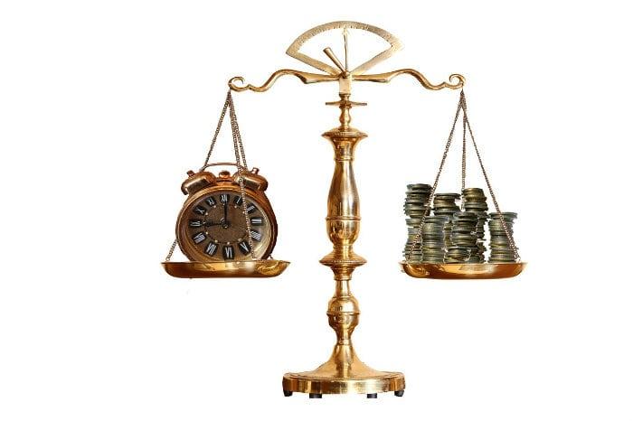 Indenização por danos morais por tempo de espera no banco